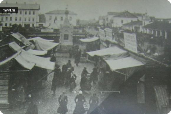Подготовка к ярмарке базарной площади
