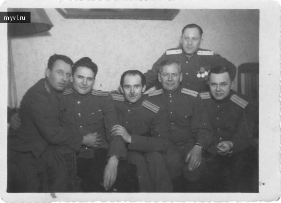 офицеры Советской Армии в Берлине после войны